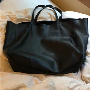 CÉLINE Cabas Unstructured Black Leather Tote